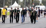 Гран При Австралии 2012 среда 14 марта Виталий Петров Caterham F1 Team